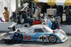 Pitstop for #40 Derhaag Motorsports Pontiac Riley: Chris Bingham, Randy Ruhlman, Ron Fellows, Justin Bell