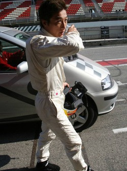 Yuji Ide back to the pits after stopping on the track