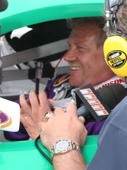 Steve Kinser gives a television interview