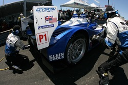 Pitstop for #16 Dyson Racing Team Lola B06/10 AER: James Weaver, Butch Leitzinger