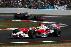 Ralf Schumacher leads Kimi Raikkonen