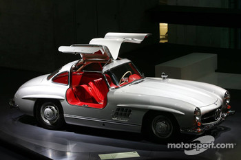 DaimlerChrysler Mercedes media warmup event: Mercedes-Benz 300 SL coupe in the Mercedes-Benz museum in Stuttgart