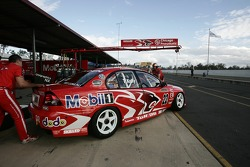 Todd Kelly's pit bay