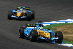 Giancarlo Fisichella leads Fernando Alonso