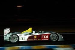 奥迪约斯特车队7号奥迪R10赛车:阿兰·麦克尼什、雷纳尔多·卡佩罗、汤姆·克里斯滕森