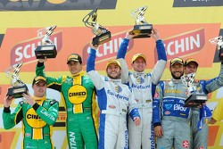 Podium: race winners Ricardo Maurício, Nestor Girolami, second place Marcos Gomes, Mark Winterbottom, third place Allam Khodair, Antonio Felix da Costa
