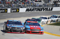 Alex Bowman, Tommy Baldwin Racing, Aric Almirola, Richard Petty Motorsports Ford
