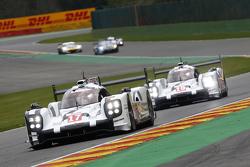 #17 Porsche Team 919 Hybrid: Timo Bernhard, Mark Webber, Brendon Hartley and #19 Porsche Team 919 Hybrid Nico Hulkenberg, Earl Bamber, Nick Tandy