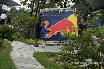 Red Bull Racing prepare for the weekend