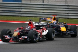 Scott Speed leads David Coulthard
