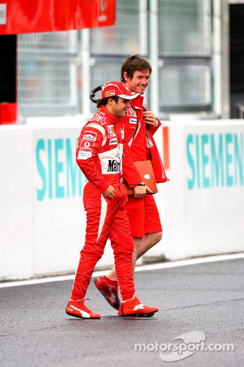 Felipe Massa and Rob Smedly