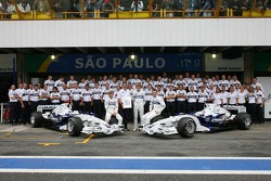 BMW Sauber F1 Team photo: Dr. Mario Theissen, Nick Heidfeld, Sebastian Vettel and Robert Kubica