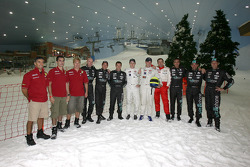 Visit of Ski Dubai: FIA-GT drivers pose