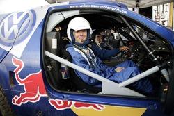 Volkswagen Motorsport test at Strandkai Beach Resort, Hamburg: Taxi drive with Kai Wiesinger