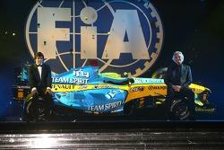 FIA Formula One World Championship: Fernando Alonso and Flavio Briatore, Renault F1