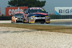 Rick Kelly pushing Craig Lowndes