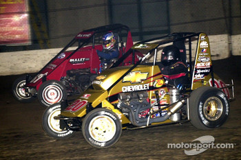 Tony Stewart (20) battles with Chili Bowl Cinderella story Gary