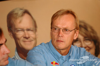 Volkswagen Motorsport press conference: Ari Vatanen