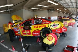 Shell Chevy crew members at work