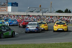 Michel Jourdain, SEAT Sport, SEAT Leon, Luca Rangoni, Proteam Motorsport, BMW 320si WTCC and Jordi Gene, SEAT Sport, SEAT Leon