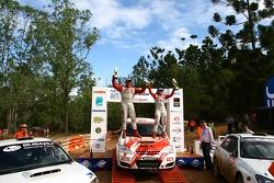 Simon and Sue Evans win coates Rally Queensland