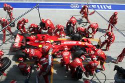 Pitstop for Felipe Massa, Scuderia Ferrari