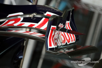 Red Bull Racing, front wing end-plate detail