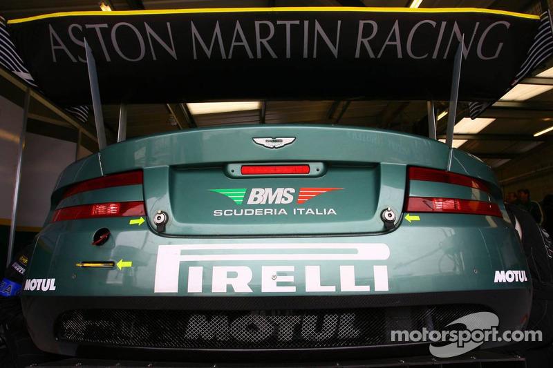 Aston Martin Racing BMS Aston Martin DBR9