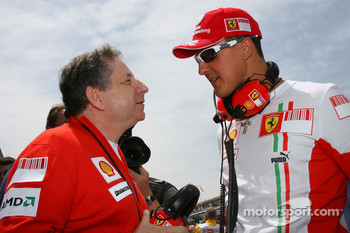 Michael Schumacher, Scuderia Ferrari, Advisor, on the grid with Jean Todt, Scuderia Ferrari, Ferrari CEO