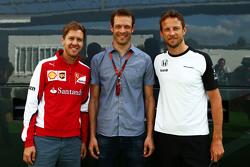 (L to R): Sebastian Vettel, Ferrari with Alexander Wurz, Williams Driver Mentor and Jenson Button, McLaren