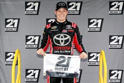 Polesitter Erik Jones, Kyle Busch Motorsports Toyota