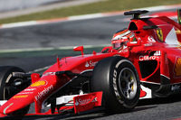 Формула 1 Фотографії - Раффаелє Марчелло, Ferrari SF15-T Test Driver