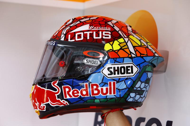 Helm von marc marquez repsol honda team bei gp katalonien motogp fotos