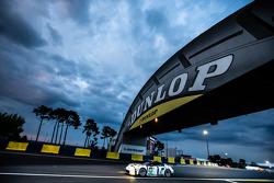 保时捷曼泰车队91号保时捷911 RSR赛车:理查德·里兹、迈克尔·克里斯滕森、约格·伯格麦斯特