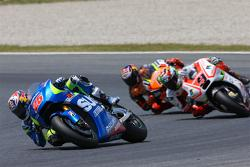 Maverick Viñales, Team Suzuki MotoGP and Danilo Petrucci, Pramac Racing Ducati and Stefan Bradl, Forward Racing Yamaha