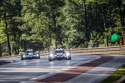 #18 Porsche Team Porsche 919 Hybrid: Romain Dumas, Neel Jani, Marc Lieb, #2 Toyota Racing Toyota TS040 Hybrid: Alexander Wurz, Stéphane Sarrazin, Mike Conway
