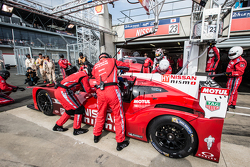 Pit stop for #23 Nissan Motorsports Nissan GT-R LM NISMO: Olivier Pla, Jann Mardenborough, Max Chilton