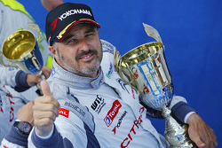Race winner Yvan Muller, Citroën C-Elysée WTCC, Citroën World Touring Car team