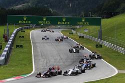 Max Verstappen, Scuderia Toro Rosso STR10 leads Valtteri Bottas, Williams FW37