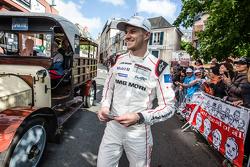 #19 Porsche Team Porsche 919 Hybrid: Nico Hulkenberg