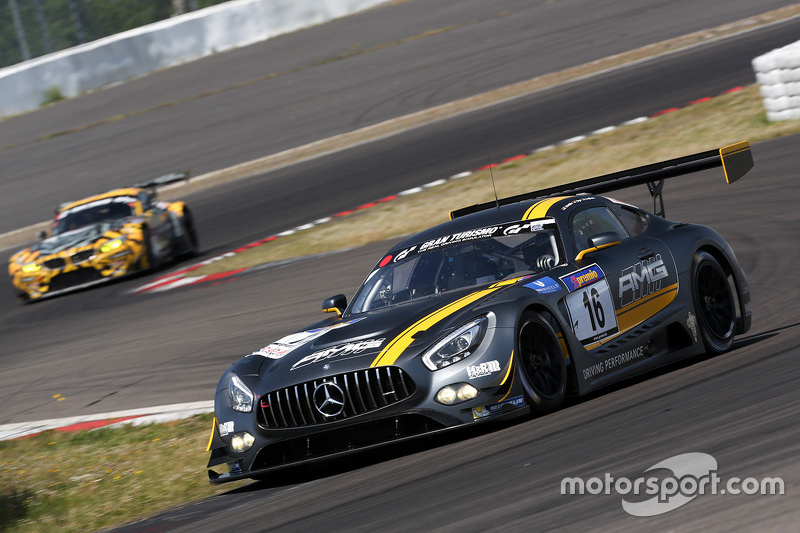 16 HWA AG Mercedes AMG GT3 Bernd Schneider Thomas