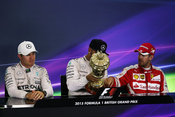 The post race FIA Press Conference,: Nico Rosberg, Mercedes AMG F1, second; Lewis Hamilton, Mercedes AMG F1, race winner; Sebastian Vettel, Ferrari, third.