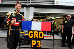 Romain Grosjean, Lotus F1 Team celebrates his third position with the team