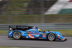 辛格奈泰克车队36号阿尔宾A450b赛车:保罗-鲁普·沙坦、尼尔森·潘恰蒂奇、文森特·卡皮莱尔