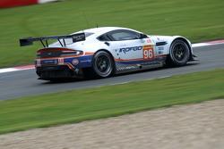 #96 Aston Martin Racing Aston Martin Vantage GTE: Francesco Castellacci, Roald Goethe, Stuart Hall