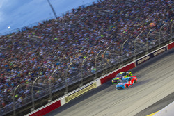 Kyle Larson, Chip Ganassi Racing Chevrolet and Aric Almirola, Richard Petty Motorsports Ford