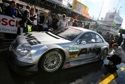 DTM taxi rides: Bernd Mayländer gives rides to VIP guests in a AMG Mercedes