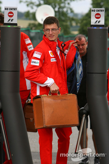 Chris Dyer, Scuderia Ferrari, Track Engineer of Kimi Raikkonen