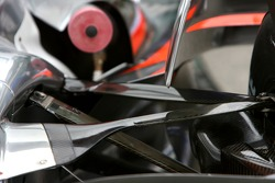 McLaren Mercedes, MP4-22, rear suspension detail
