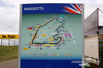 Silverstone signage, A map of the circuit